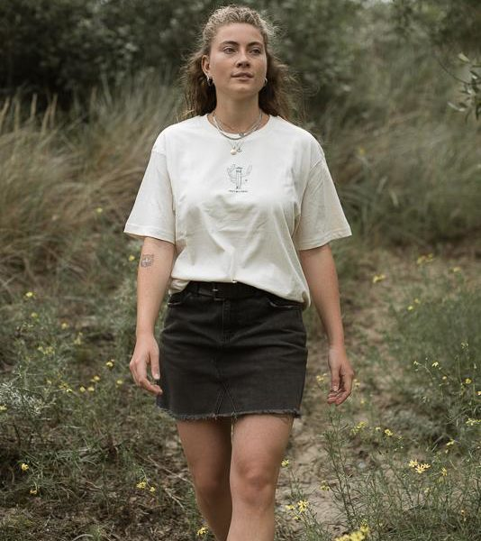 Pricky T-shirt for women from Olas Palmas Collection of Organic Cotton in Natural Raw